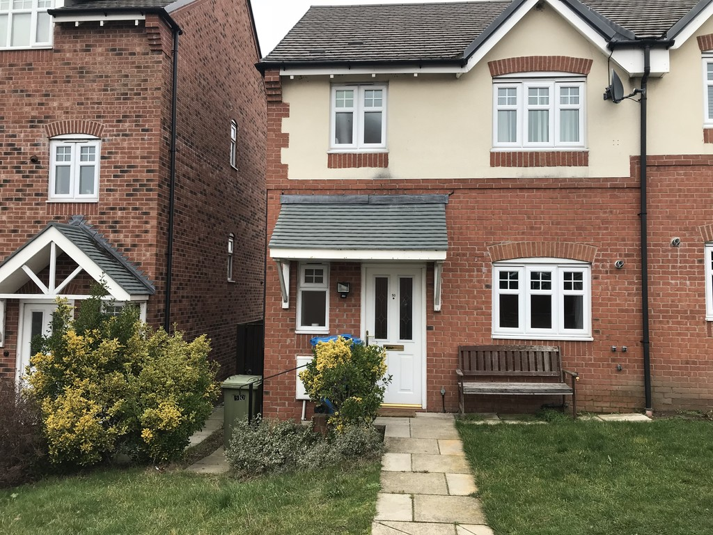 Three Bedroom Modern Semi  for rent in Harworth, Doncaster, DN