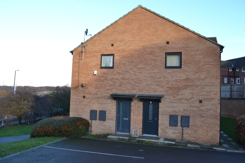 AVAILABLE NOW for rent in East Herringthorpe, Rotherham, S6