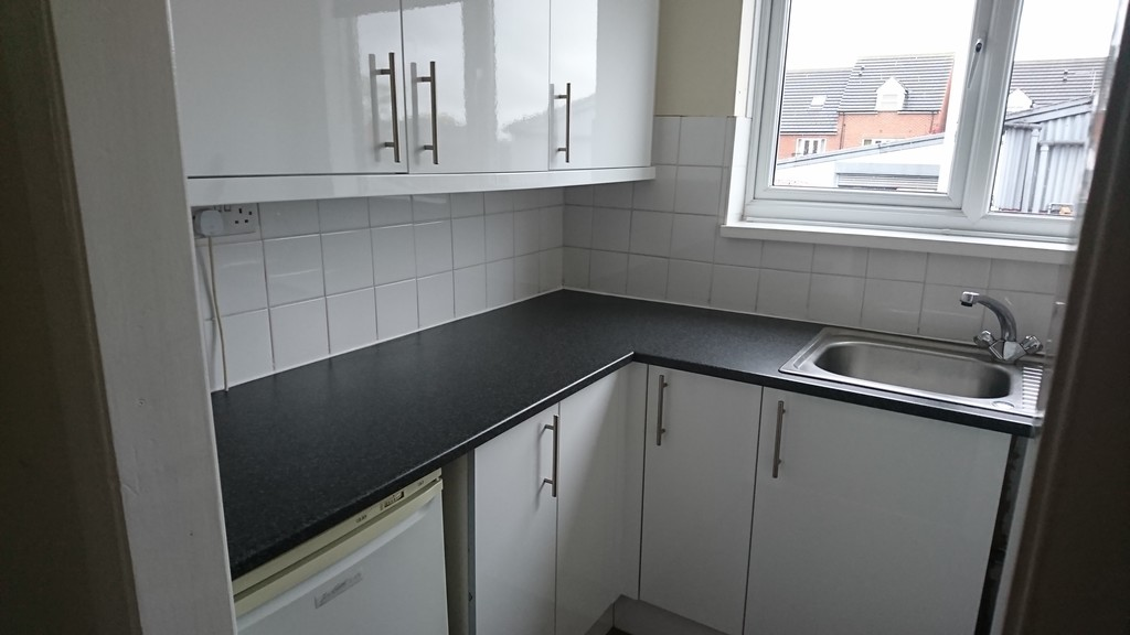 SPACIOUS APARTMENT for rent in , Aughton, S2