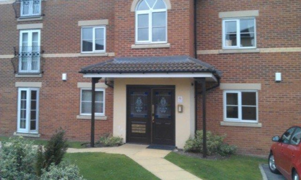 Two Bedroom Apartment for rent in Treeton, Rotherham, S6