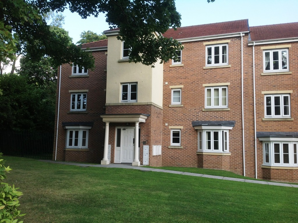 TWO BEDROOM GROUND FLOOR APARTMENT for rent in Moorgate, Rotherham, S6