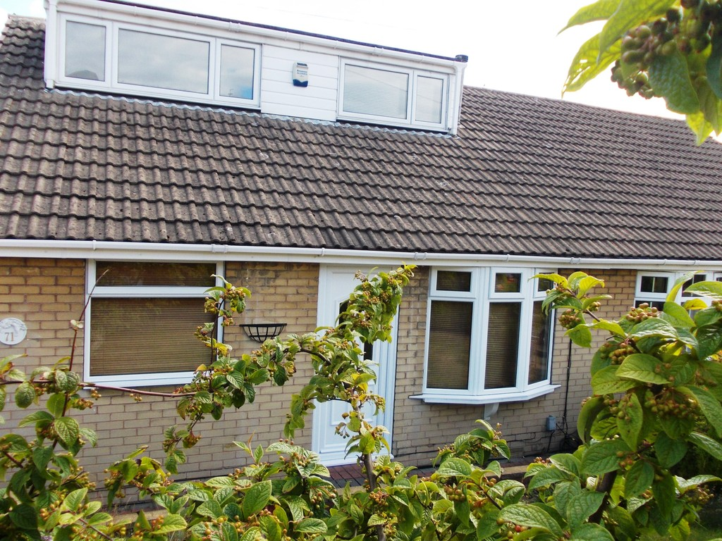 SEMI DETACHED DORMA BUNGALOW  for rent in , Rotherham, S6