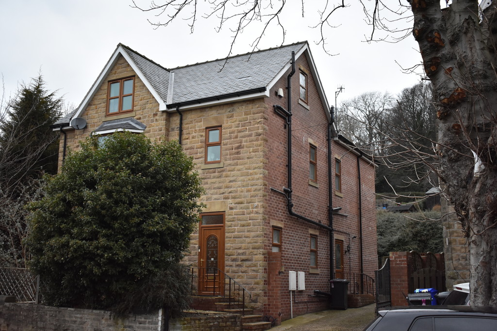 Six  Bedrooms for rent in , Sheffield, S7