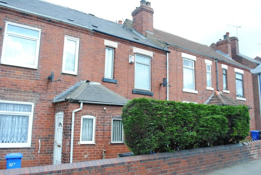 Three Bedroom Mid-Terrace Property for sale in , Sheffield, S5