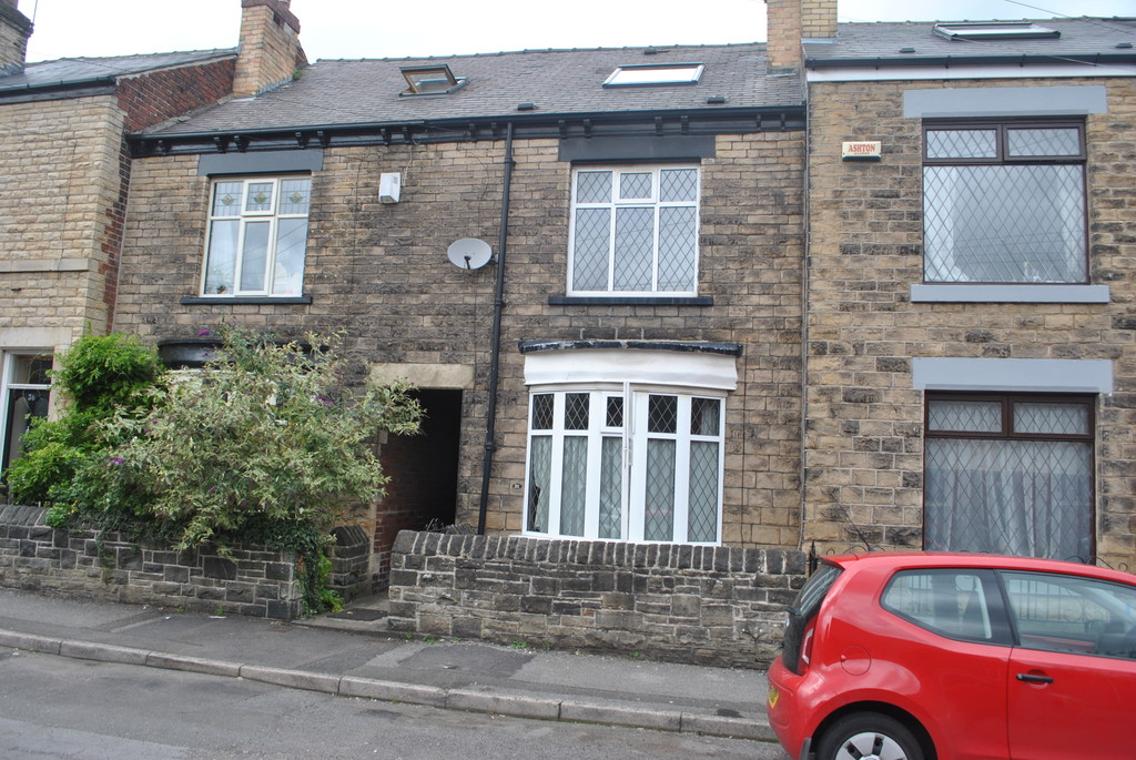 FOUR BEDROOMS for rent in Hillsborough, Sheffield, S6