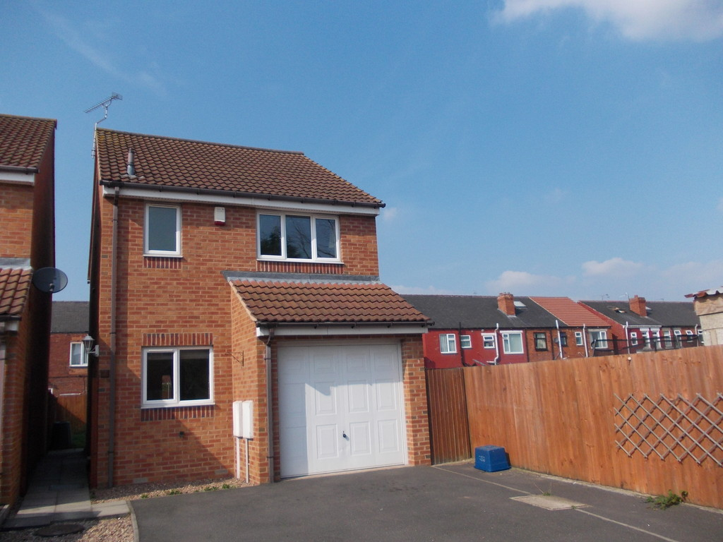 UNFURNISHED for rent in Dinnington, Sheffield, S2