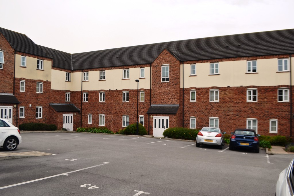 Two Double Bedroom Apartment for rent in Manor, Sheffield, S2