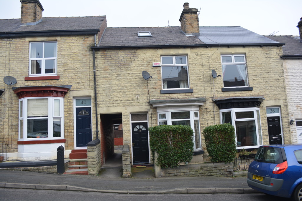 Stone Fronted Three Bedoom Mid Terrace for rent in Hillsborough, Sheffield, S6