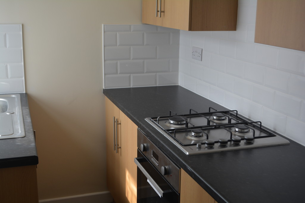 Three Double Bedroom Mid Terrace for rent in Firth Park, Sheffield, S5