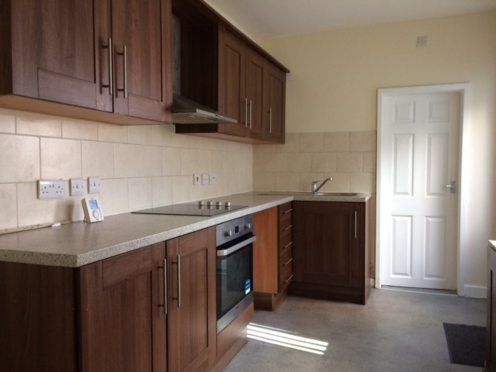 THREE BEDROOMS for rent in Maltby, Rotherham, S6