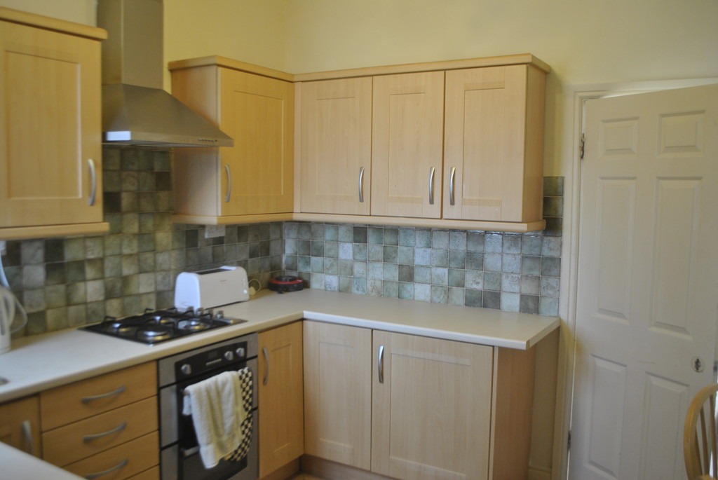 Three Bedroom Mid Terrace for rent in Hillsborough, Sheffield, S6