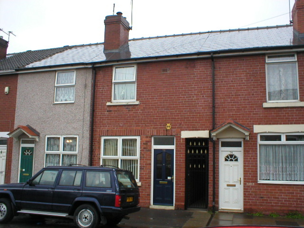 Two Bedroom Mid Terraced House for rent in , Rotherham, S6