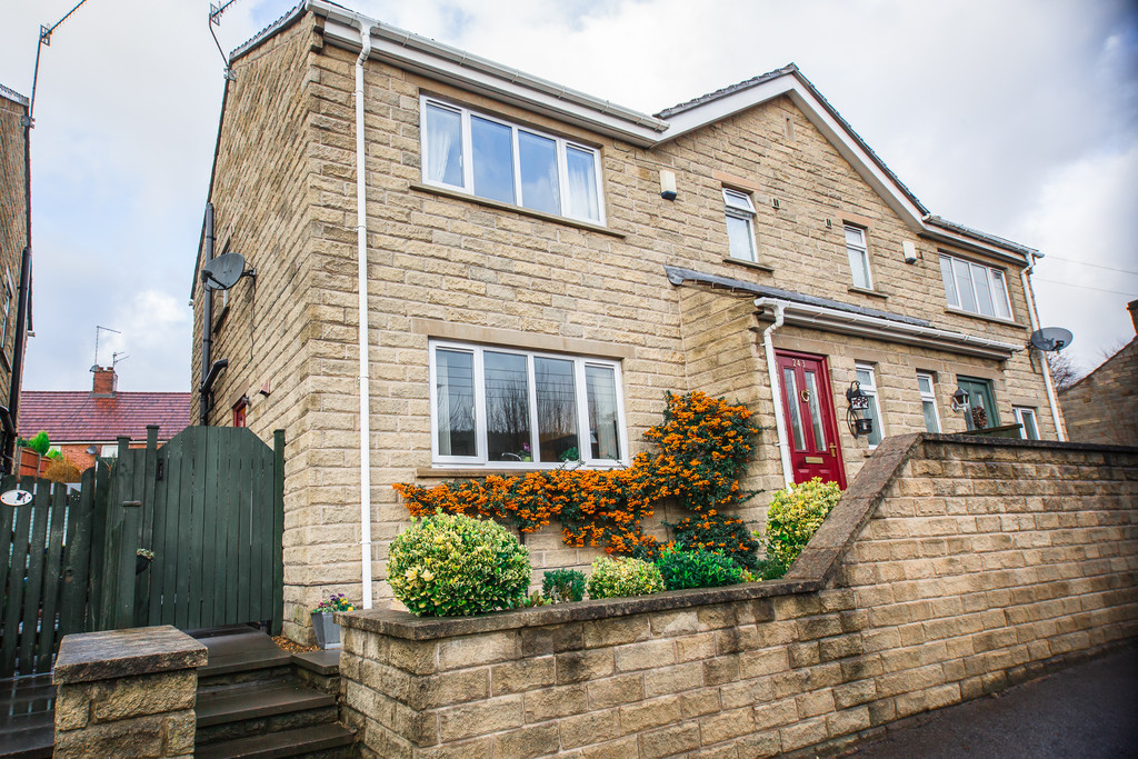 Three Double Bedroom Home for sale in Wharncliffe Side, Sheffield, S3