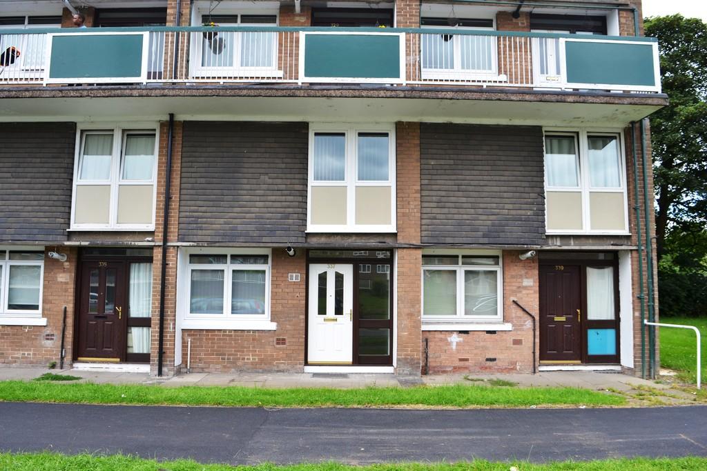 Three Bedroom Ground Floor Maisonette for sale in , Sheffield, S1