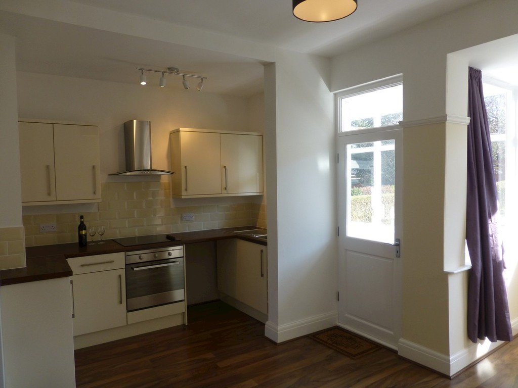 Two bedroom Semi Detached for rent in , Sheffield, S8