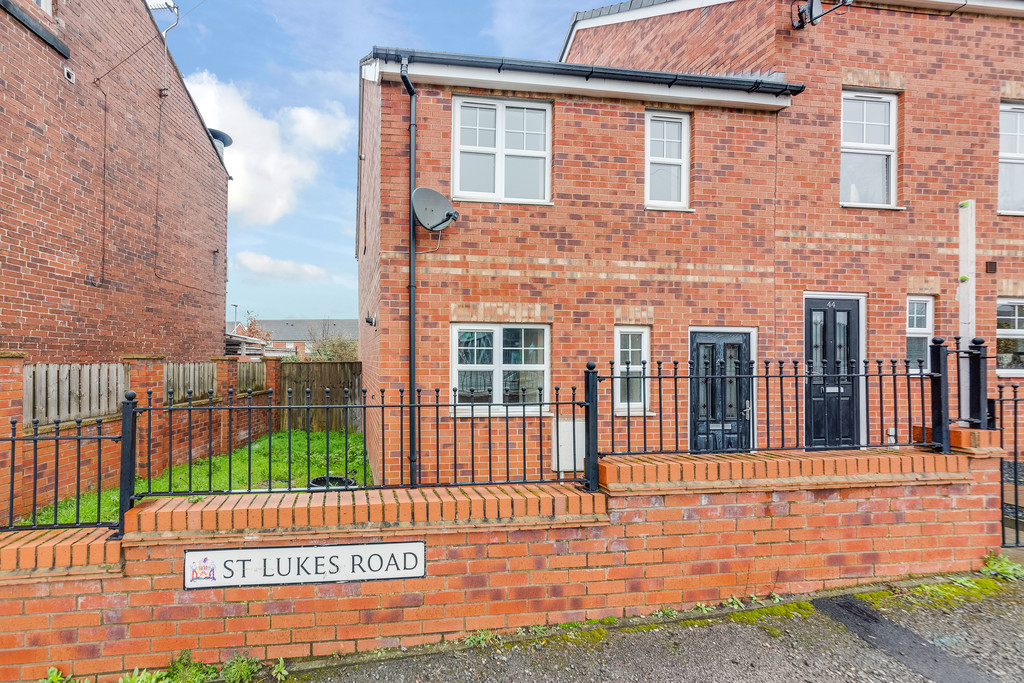 Three Bedroom town House for sale in Grimethorpe , Barnsley, S7