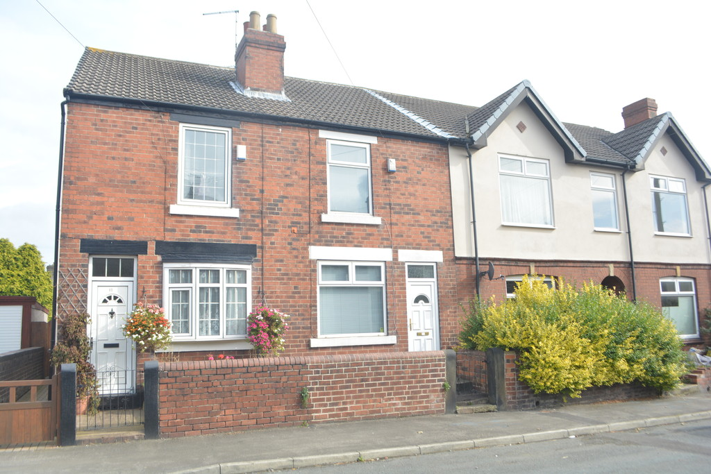 Beautifully Presented Three Bed Terrace for sale in Thorpe Hesley, Rotherham, S6