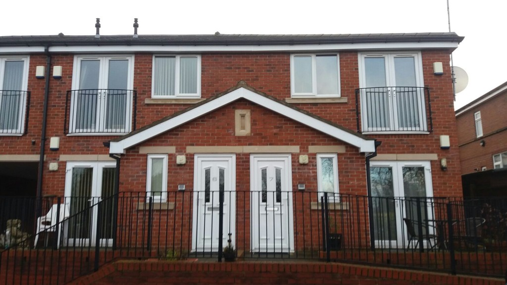 TWO BEDROOMS for rent in , Rotherham, S6