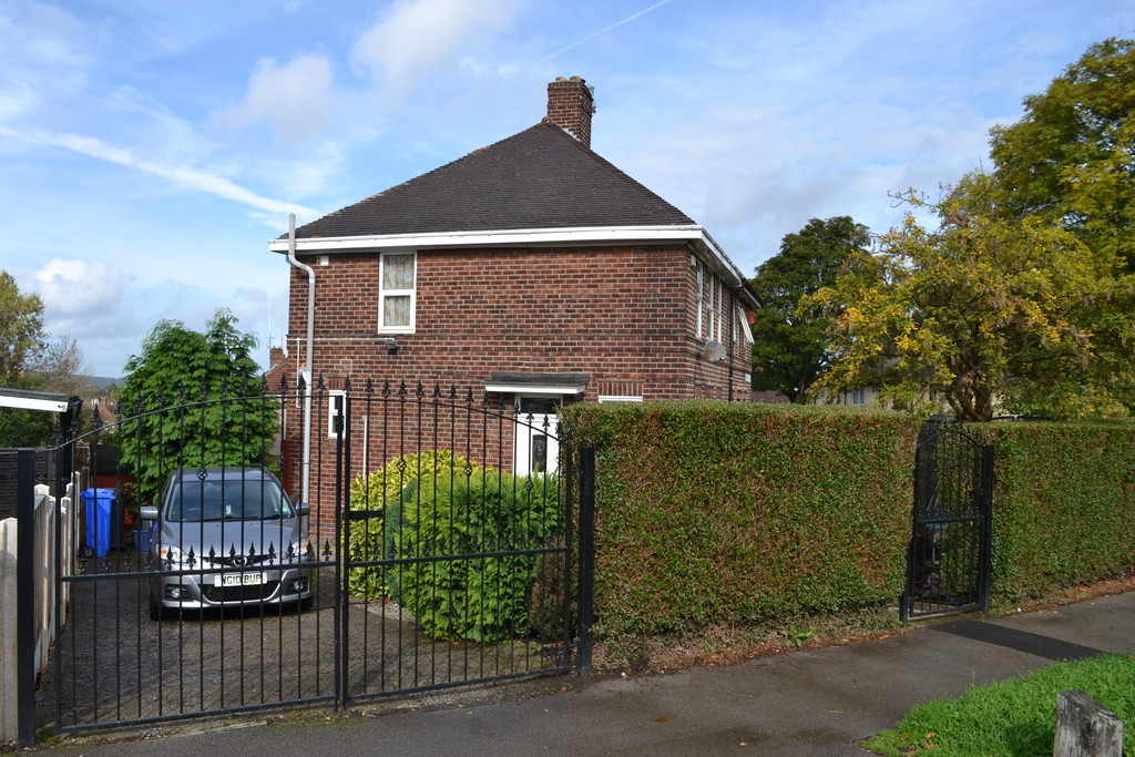 Three Bedroom Semi for sale in , Sheffield, S5
