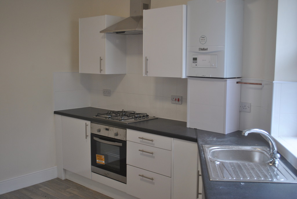 Three Bedroom Apartment for rent in Hillsborough, Sheffield, S6