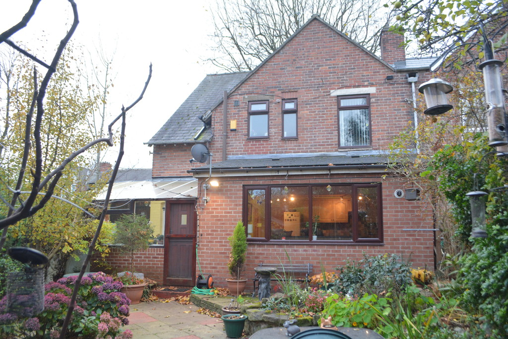 Extended Three Bed Semi for sale in , Sheffield, S5