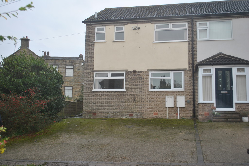 Three Bedroom Semi-Detached House for rent in Grenoside, Sheffield, S3