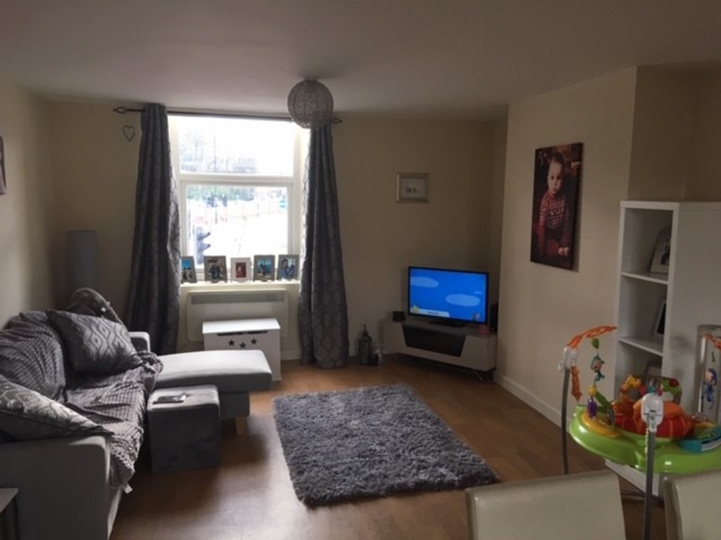 AVAILABLE NOW for rent in Hillsborough, Sheffield, S6