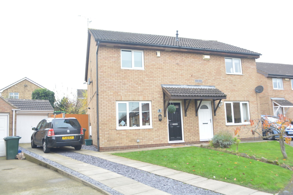 Three Bedroom Semi for sale in Thorpe Hesley, Rotherham, S6