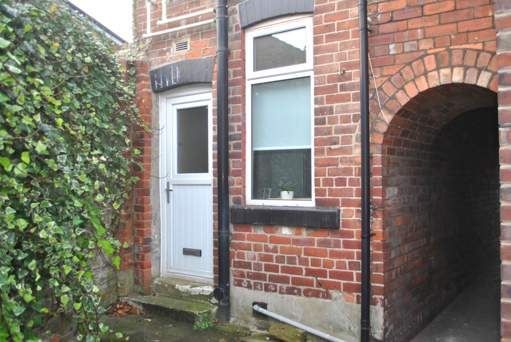 Three bedroom home for rent in , Sheffield, S6