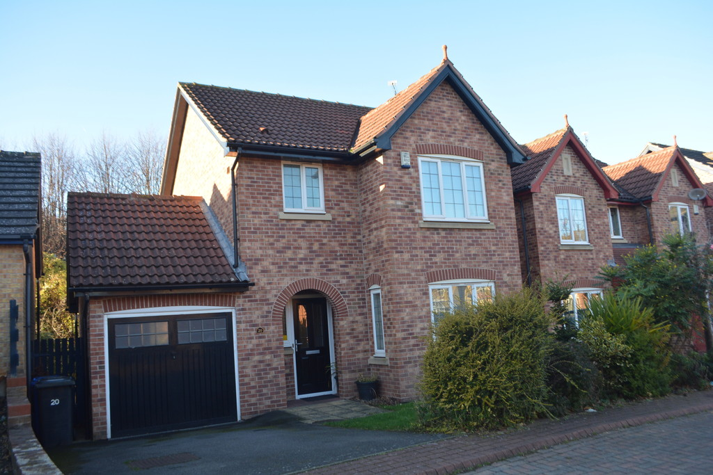 Three Bedroom Detached House for sale in Chapeltown, Sheffield, S3