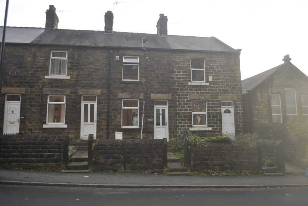 Two Bedroom Mid Terrace for rent in Hillsborough, Sheffield, S6
