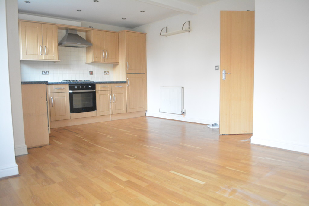 Two Bed Apartment for sale in , Sheffield, S6