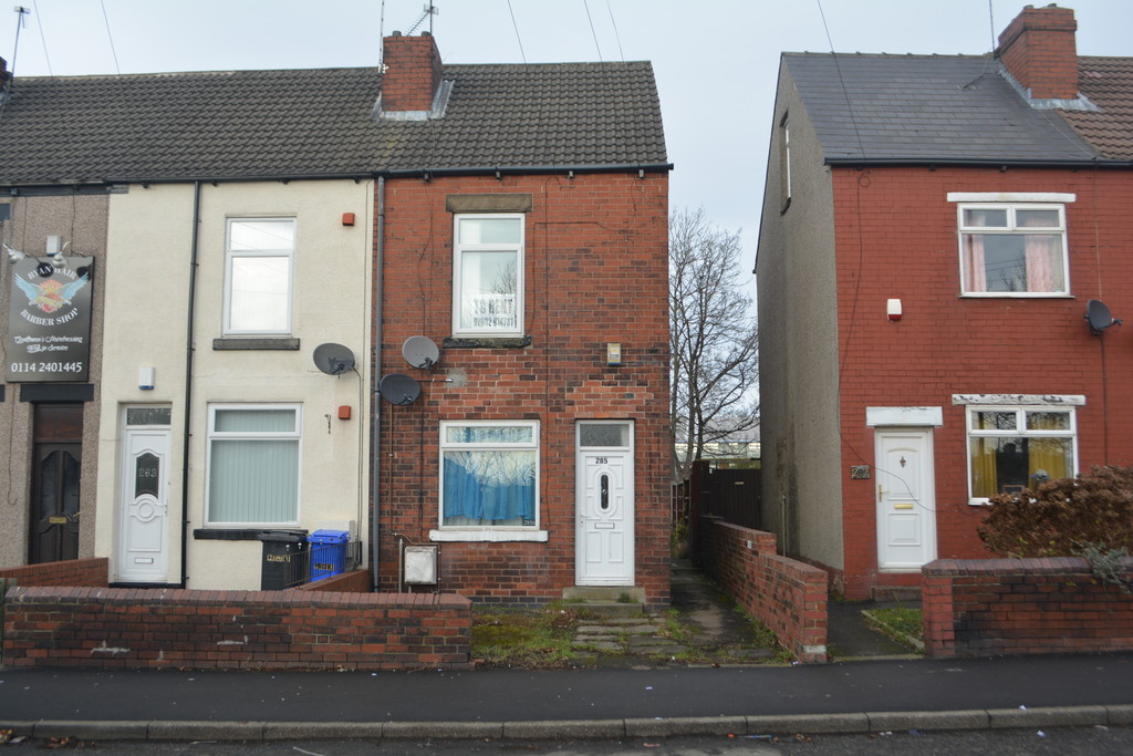 Recently Refurbished Flat for rent in , Sheffield, S5