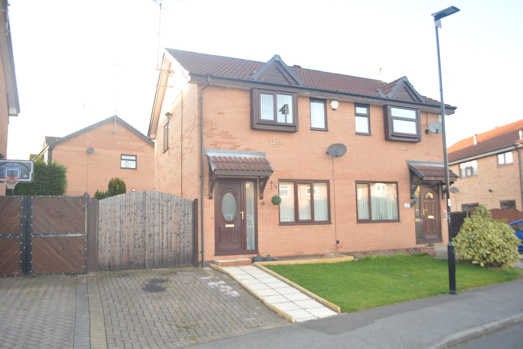 Two Bedroom Semi Detached for sale in Chapeltown, Sheffield, S3