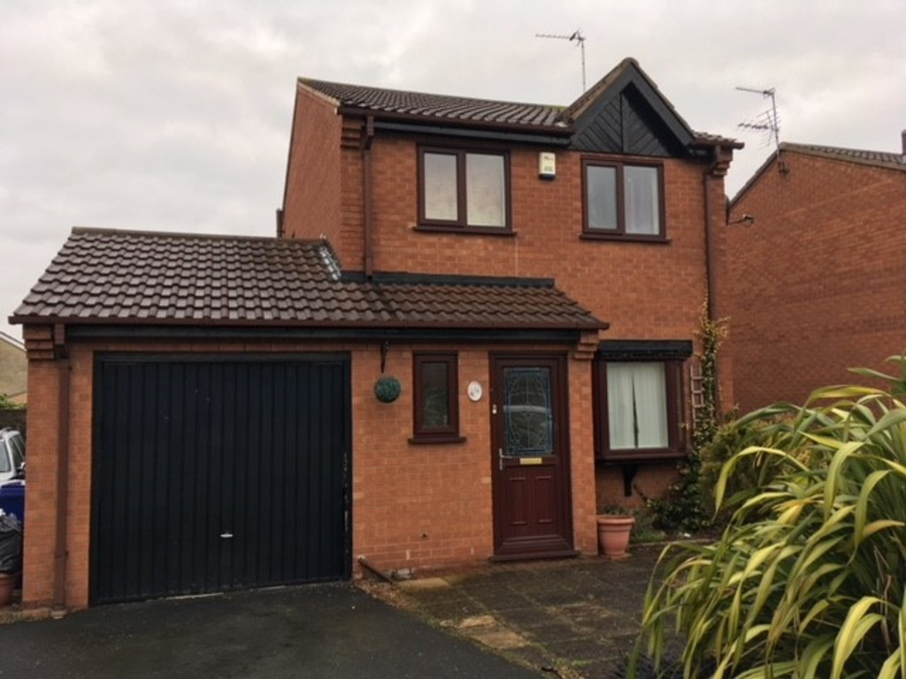 DETACHED THREE BED for rent in Thorne, Doncaster, DN