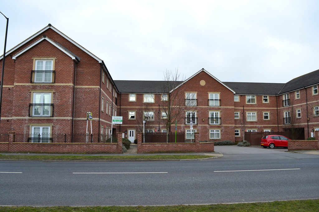 Two Bedroom Second Floor Apartment for sale in Brampton, Barnsley, S7