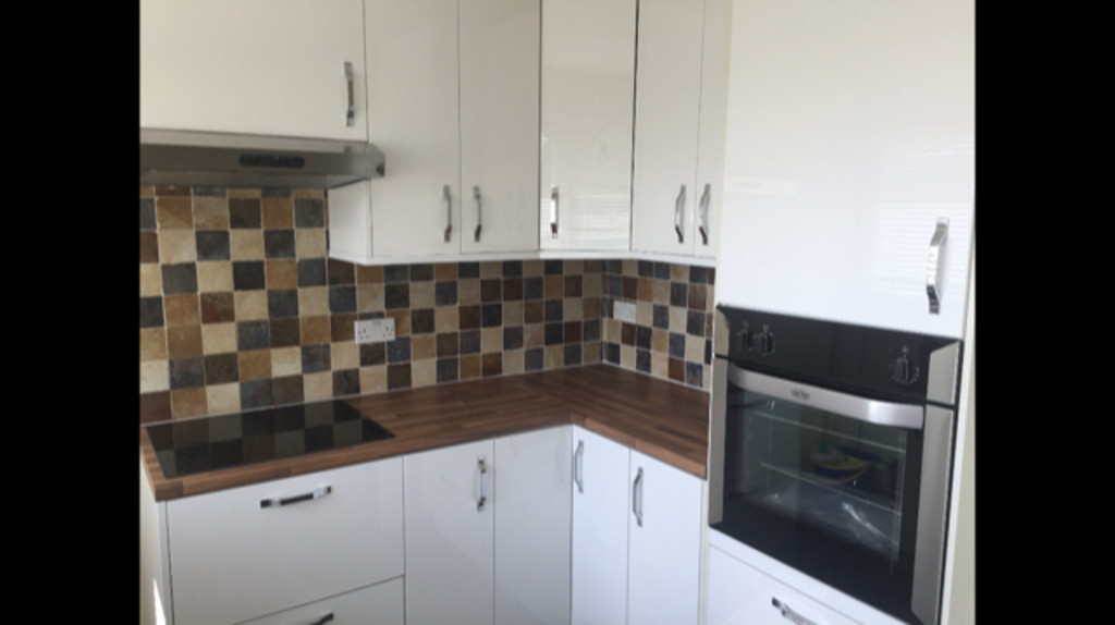 TWO DOUBLE BEDROOMS for rent in Kimberworth Park, Rotherham, S6