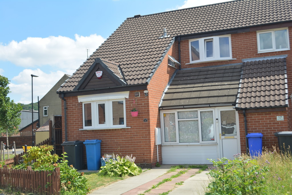 Three Bedrooms for sale in Chapeltown, Sheffield, S3