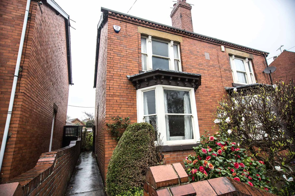 Three Bed Semi for sale in Chapeltown, Sheffield, S3