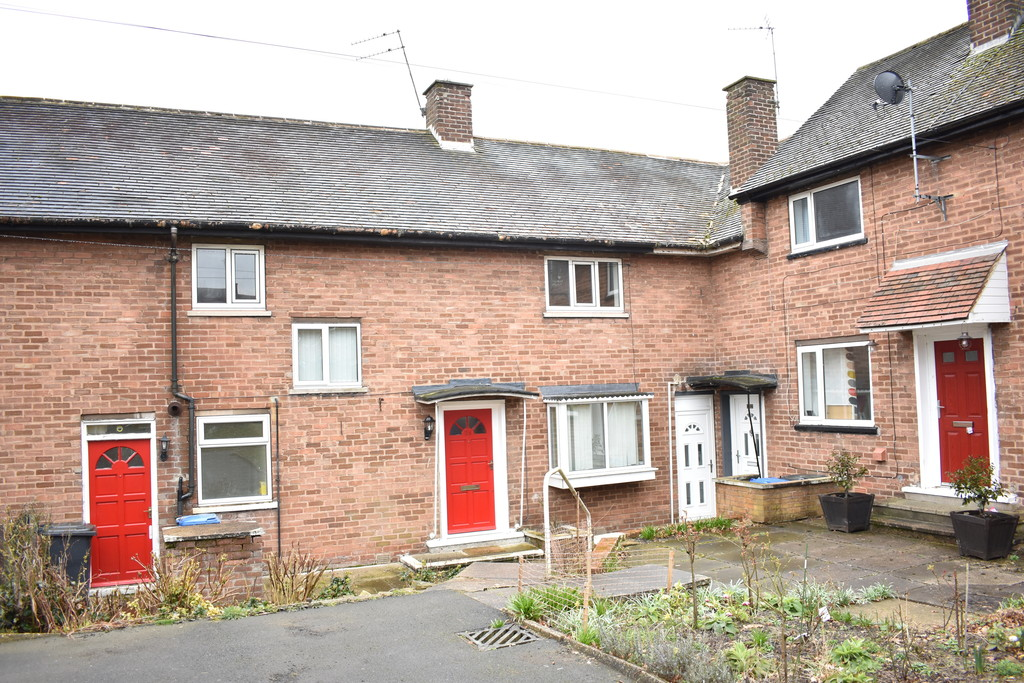 Four Double Bedroom Mid Terrace for sale in Lowedges, Sheffield, S8