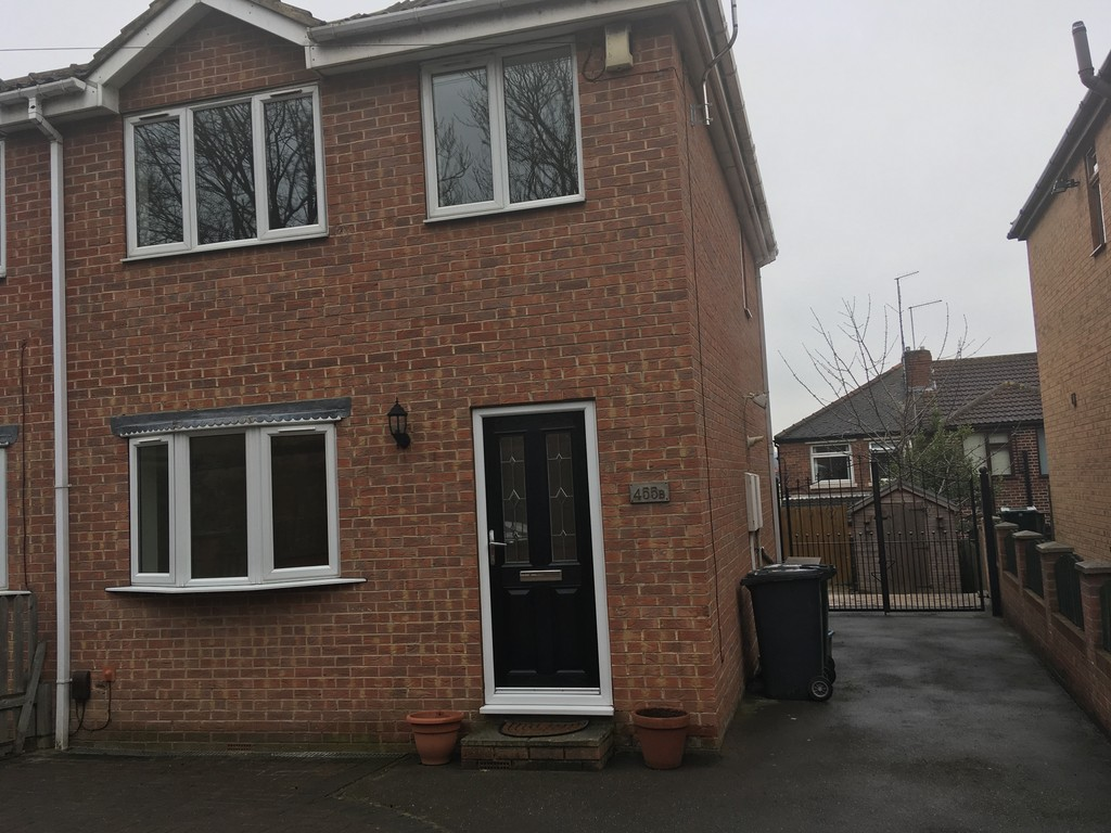 THREE BEDROOMS for rent in Whiston, Rotherham, S6