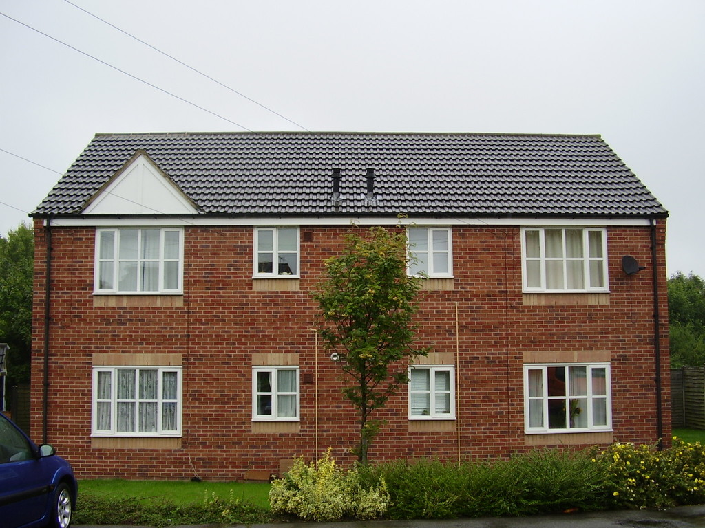 Newly Refurbished First Floor Flat for rent in Holmewood, Chesterfield, S4