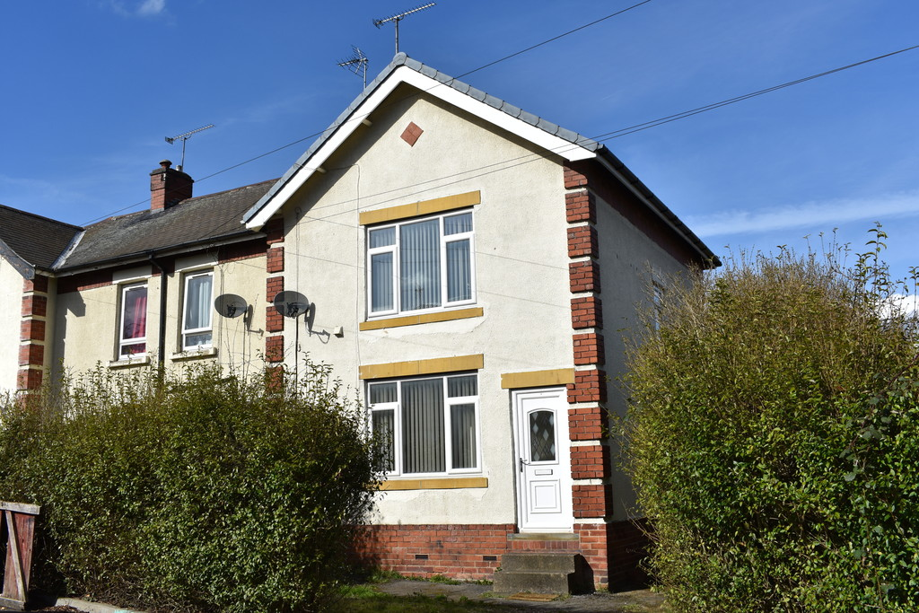 Three Double Bedroom Semi Detached Home for sale in Rawmarsh, Rotherham, S6