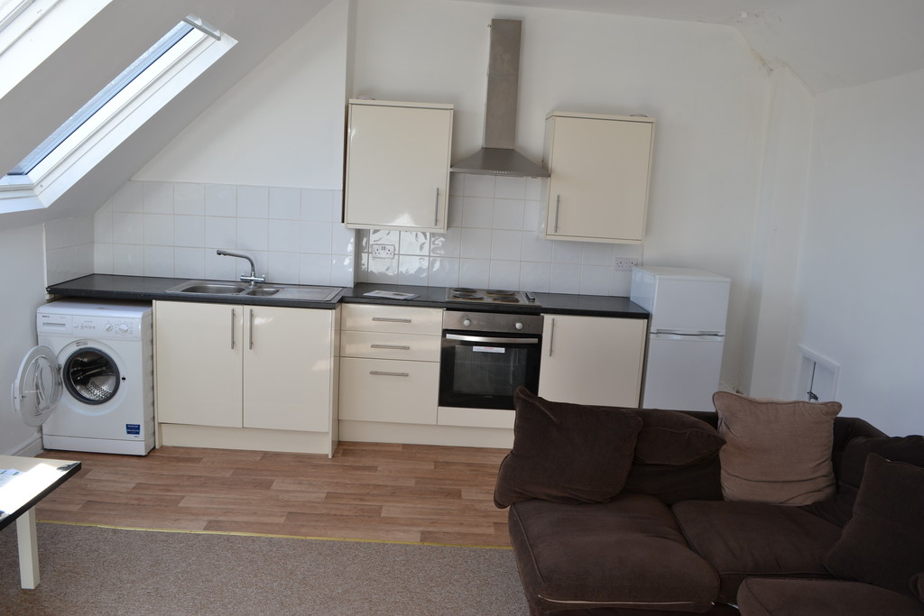 Two Bedroom Flat for rent in , Sheffield, S6