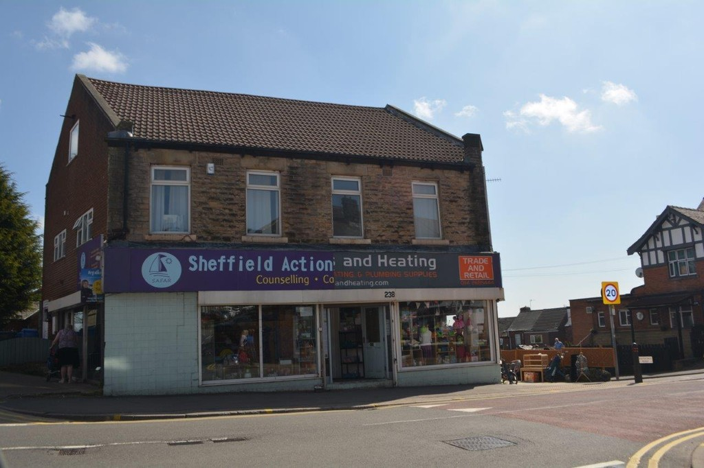 Please note: his space can be used for multiple businesses. for rent in , Sheffield, S1