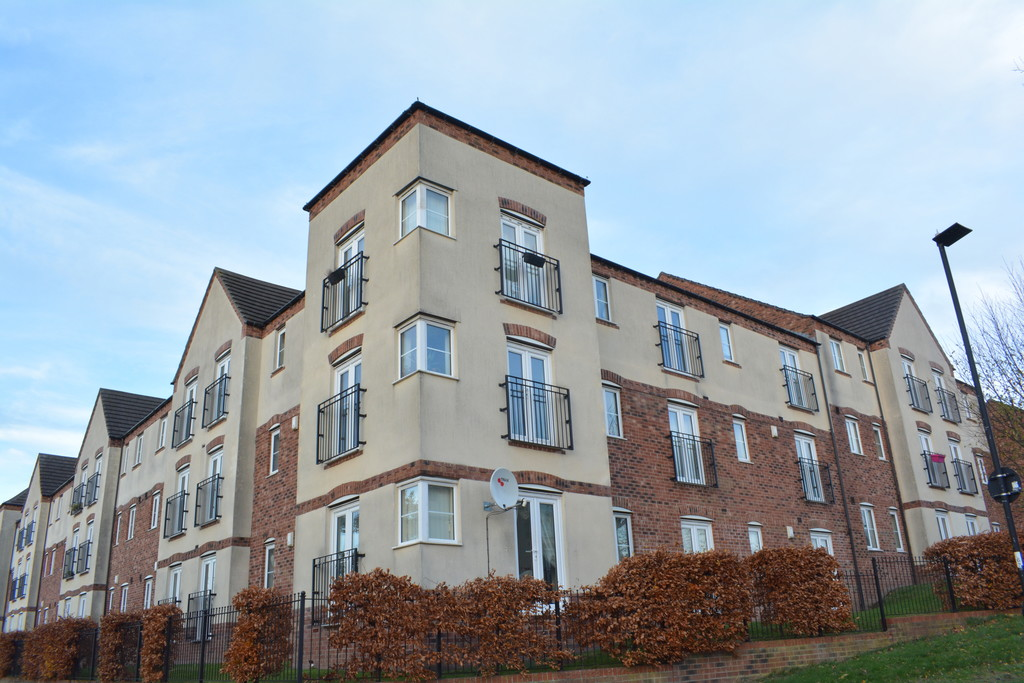 Stylish Two Bed Apartment for sale in Parklands, Sheffield , S2