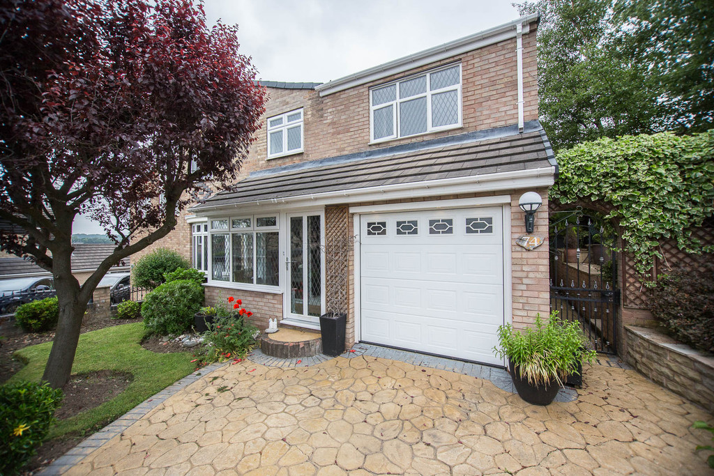 Extended Four Bed Semi for sale in Chapeltown, Sheffield, S3