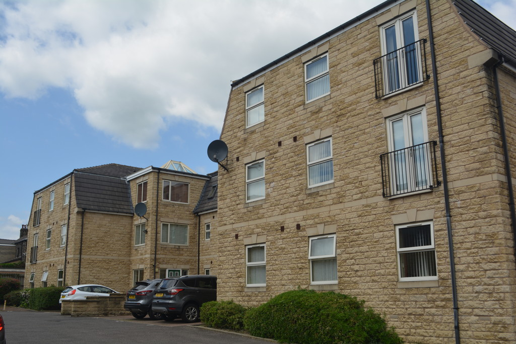 Ground Floor Apartment for rent in High Green, Sheffield, S3