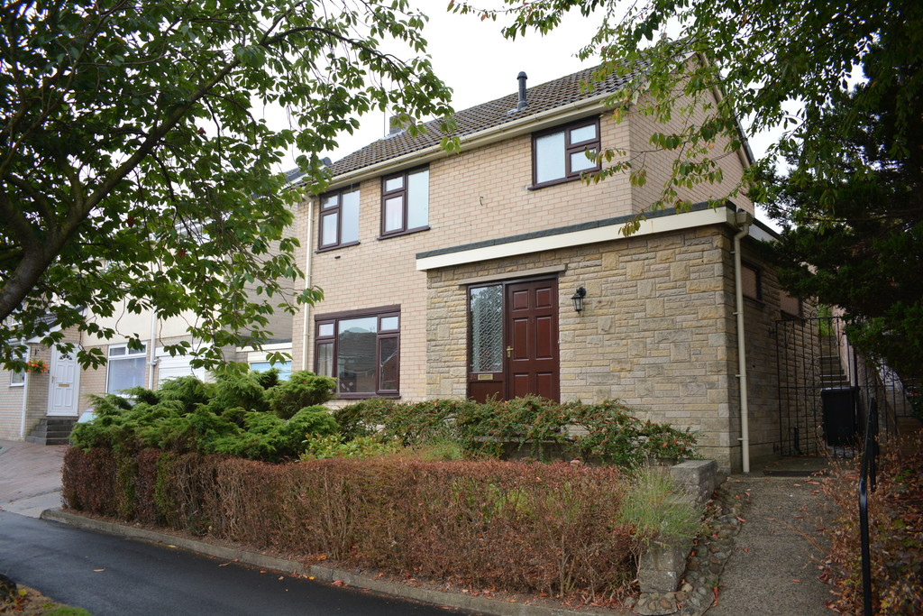 Detached Family Home for sale in Chapeltown, Sheffield, S3