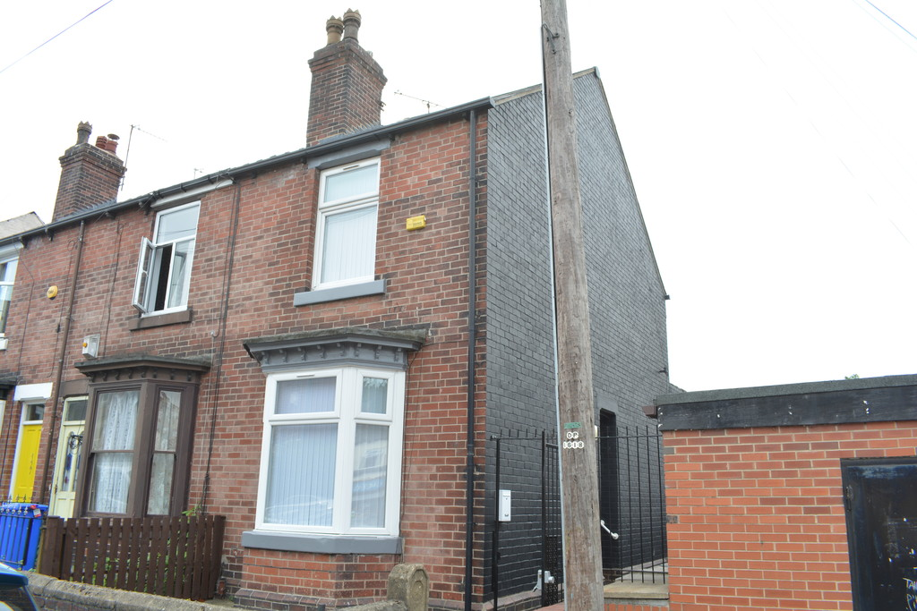 Three Bedroom End Terrace for sale in , Sheffield, S5